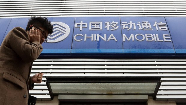 apple signs deal with china mobile
