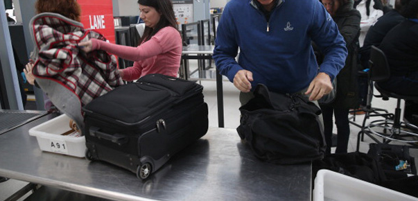 TSA Requires all Gadgets to Be Turned On During Security Check