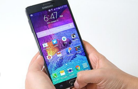 How the The Galaxy Note 4 Compares to Apples iPhone 6 Plus