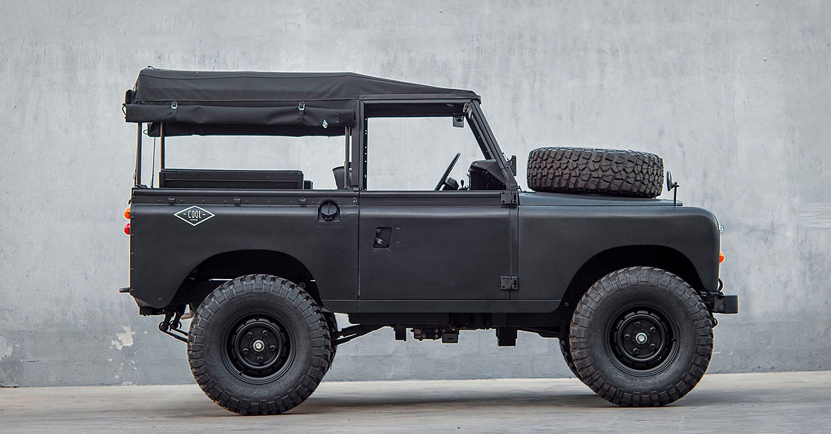 Coolnvintage Land Rover Defender