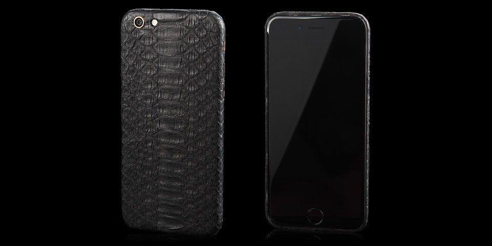 This iPhone 6/6 Plus leather case is made out of real python skin